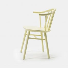 classic style wooden spindle back chair