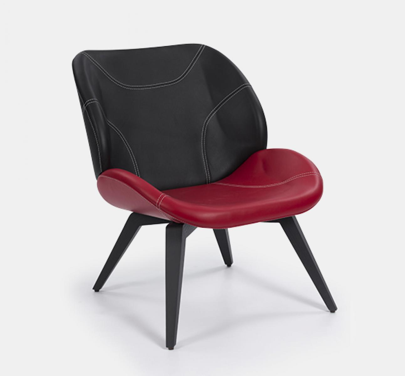 Kalm Lounge Chair
