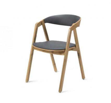 Chaise en chêne avec assise et dossier rembourrés