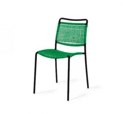 Chaise contemporaine, cadre en fer