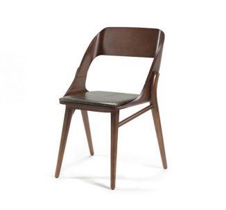 Chaise avec pieds et cadre en hêtre