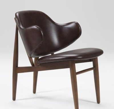 Feature armchair with a classic design side view