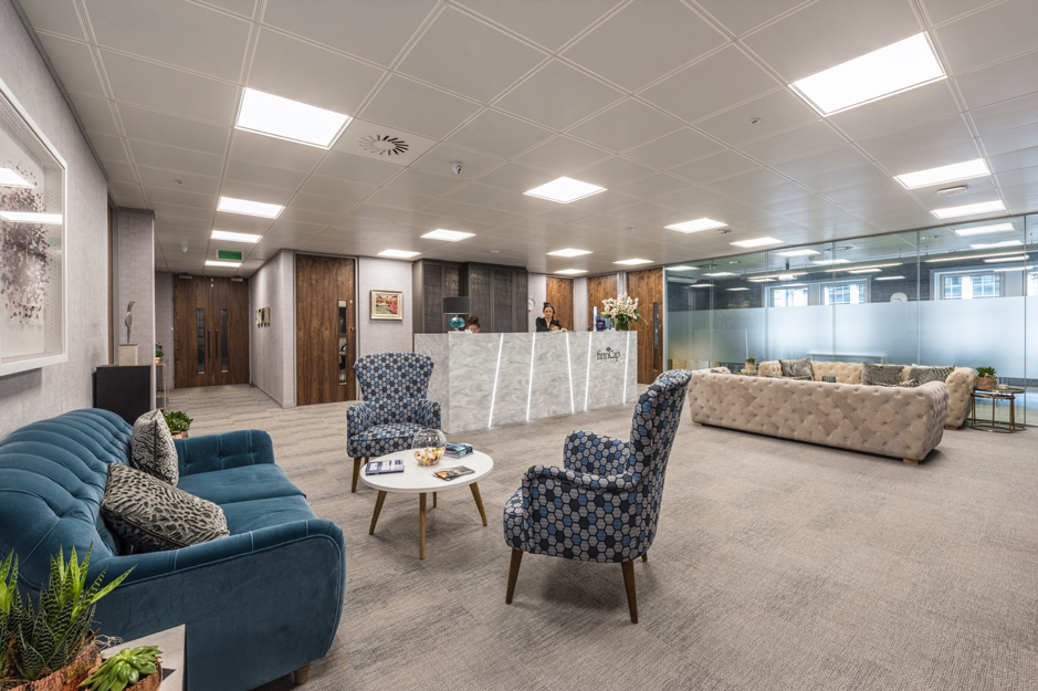 Choosing The Best Furniture For Your Office Reception Uhs